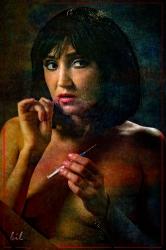 Дівчина зі шприцом