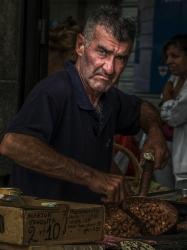 Олександр Плохотін Продавець арахісу